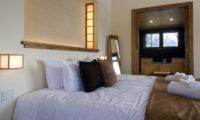 Annabel Bedroom View | Izumikyo 2