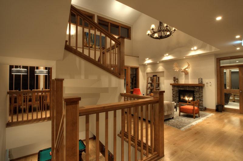 Annabel Up Stairs | Izumikyo 2