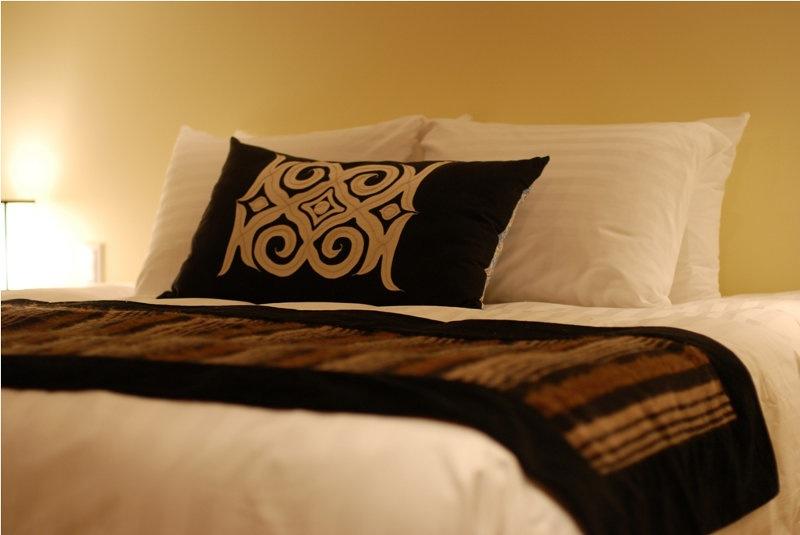 Byakko Bed and Pillow | East Hirafu