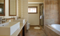 Eliona His and Hers Bathroom | Lower Hirafu Village