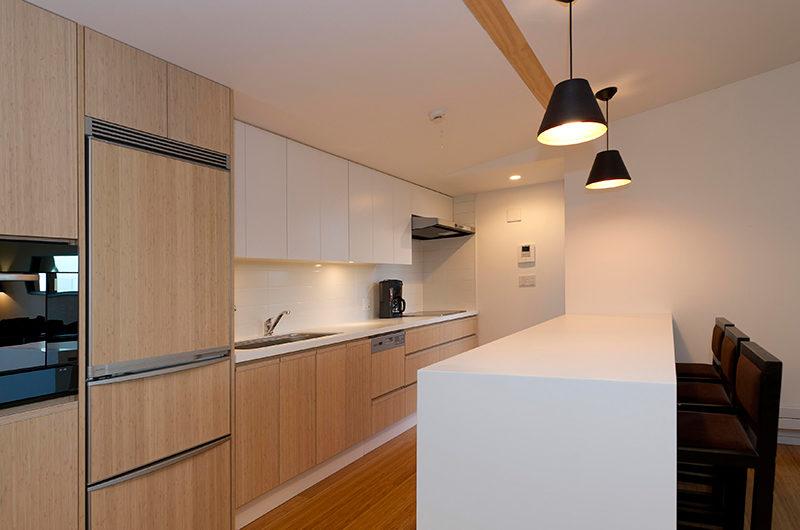 Forest Estate Modular Kitchen | Middle Hirafu