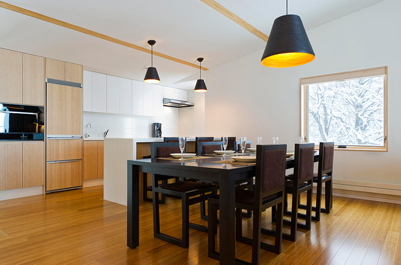Forest Estate Dining and Kitchen Area | Middle Hirafu