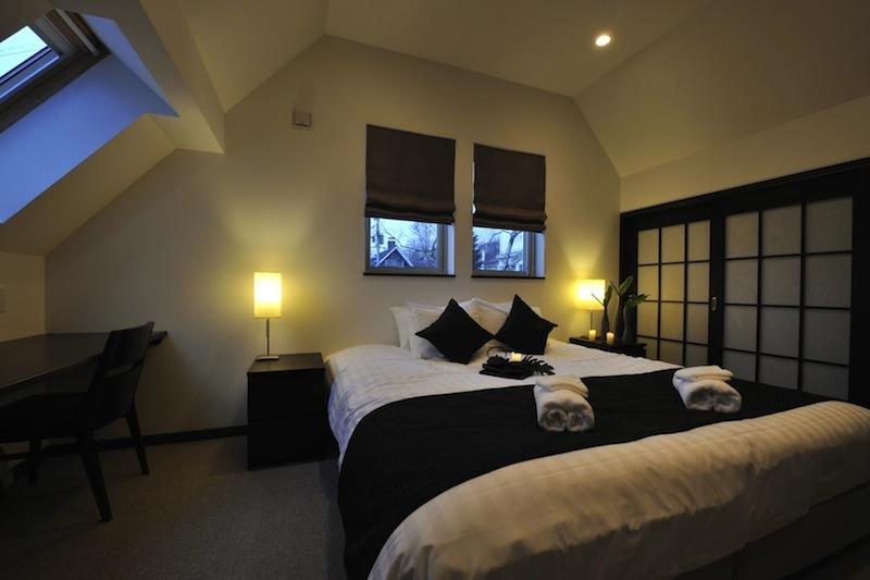 Karamatsu Bedroom with Study Table | Middle Hirafu