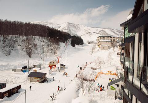 The Vale Niseko Outdoor Area | Upper Hirafu