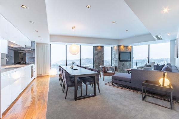 The Vale Niseko Three Bedroom Apartment Living and Dining Area | Upper Hirafu