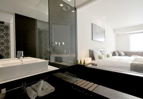 The Vale Niseko Bedroom and Bathroom | Upper Hirafu