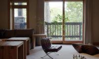 Zekkei Living Area with View | Lower Hirafu