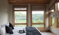 Zekkei Bedroom with Outdoor View | Lower Hirafu