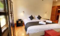 Asahi Lodge Bedroom with Wardrobe | Izumikyo 3
