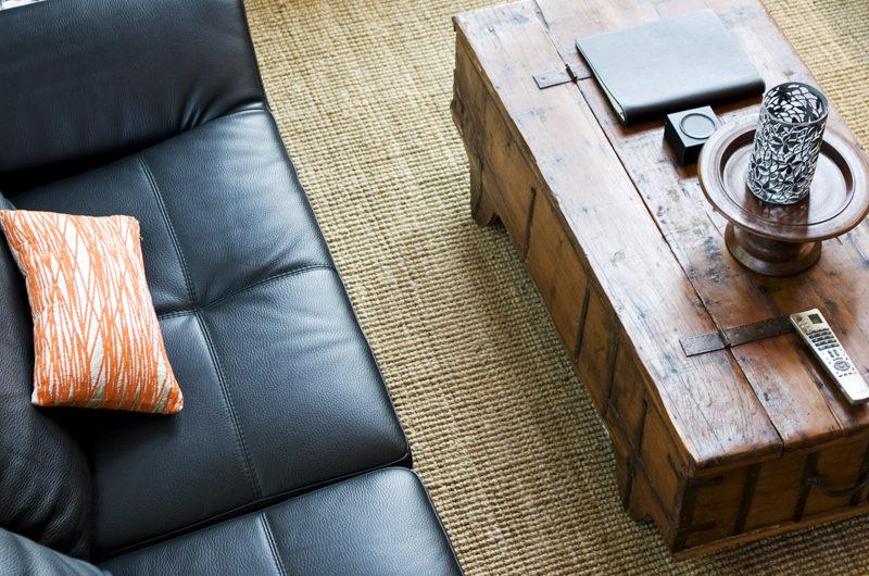 Asahi Lodge Sofa | Izumikyo 3