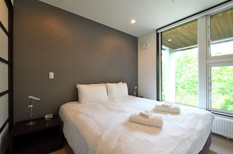 Big Valley Bedroom | Lower Hirafu