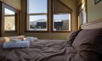 Niseko Creekside A Bedroom with View | East Hirafu