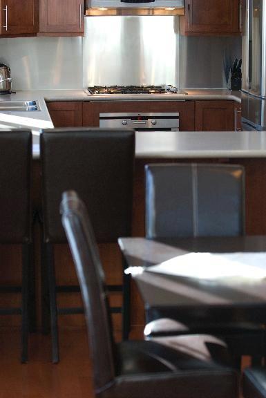 Gouka Lodge Bondi Kitchen | Lower Hirafu