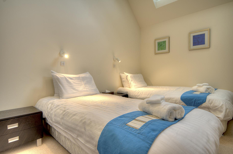 Gouka Lodge Bondi Twin Bedroom   Lower Hirafu