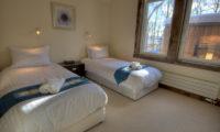 Gouka Lodge Bondi Twin Bedroom with Carpet   Lower Hirafu