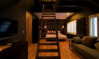 Kimamaya Boutique Hotel Bedroom with Up Stairs | Middle Hirafu Village