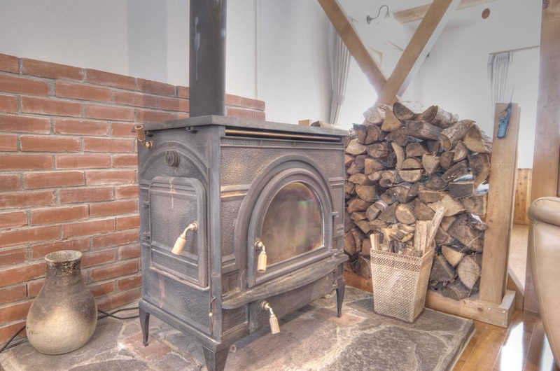 Kisetsu Fireplace | East Hirafu