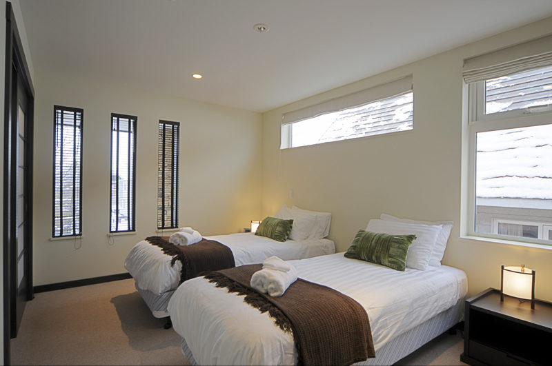 Konayuki Twin Bedroom with Carpet | Middle Hirafu