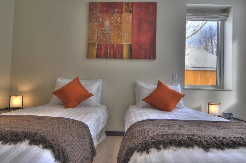 Konayuki Twin Bedroom | Middle Hirafu