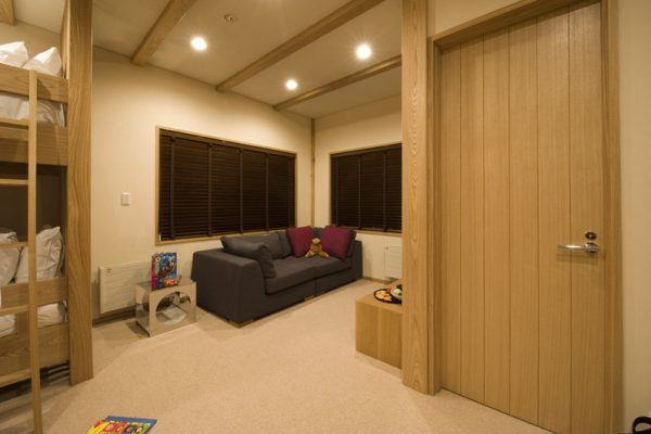 Miyabi Bunk Beds with Sofa | Lower Hirafu