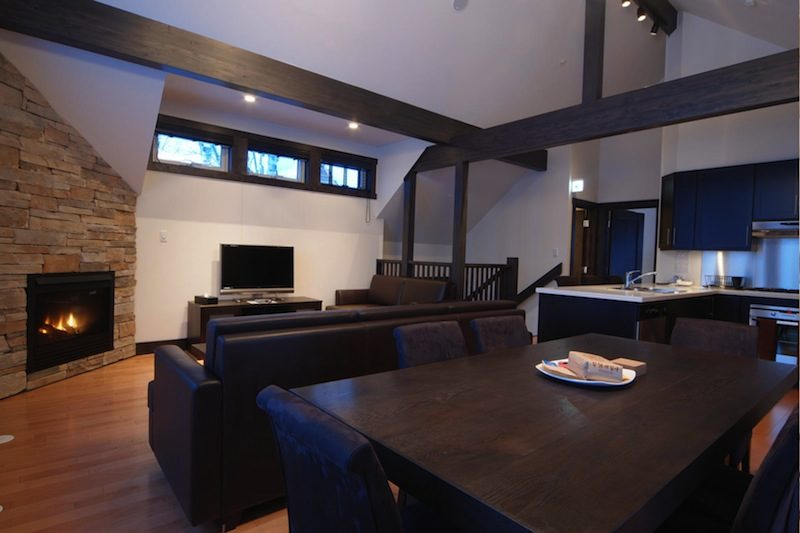 Mojos Living and Dining Area with Wooden Floor | Lower Hirafu