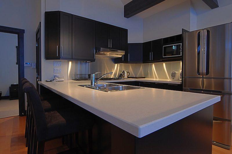 Mojos Modular Kitchen | Lower Hirafu