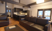 Mojos Living Area | Lower Hirafu