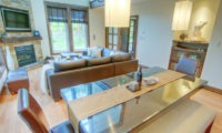 Shika Living and Dining Area | East Hirafu