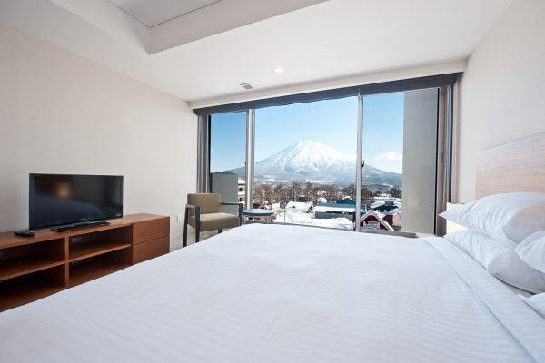 Shiki Niseko Bedroom with Mountain View | Upper Hirafu