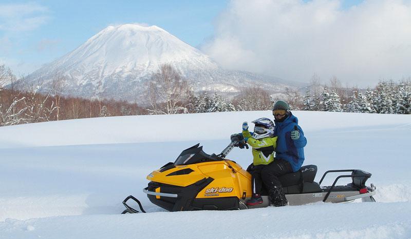 niseko-snowmobile-adventure-01