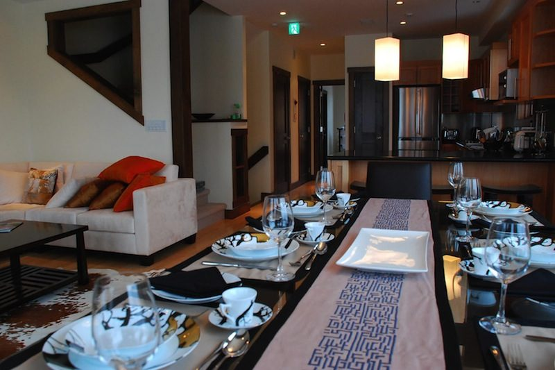 Tsuru Kitchen and Dining Area | East Hirafu