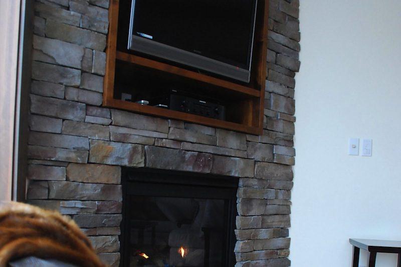 Tsuru TV Near Fireplace | East Hirafu