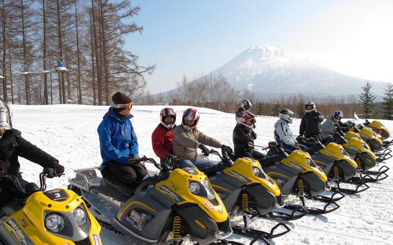 niseko-village-snowmobiling-01
