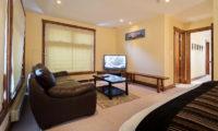 Yukimi Bedroom with TV | Izumikyo 1
