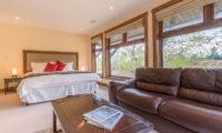 Yukimi Bedroom with Sofa | Izumikyo 1