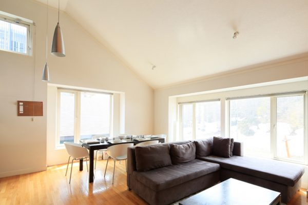 First Tracks Living and Dining Area | Upper Hirafu