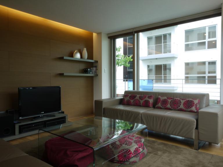Yama Shizen Lounge Area with TV | Upper Hirafu