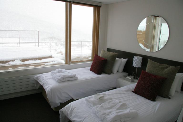 Yama Shizen Twin Bedroom | Upper Hirafu