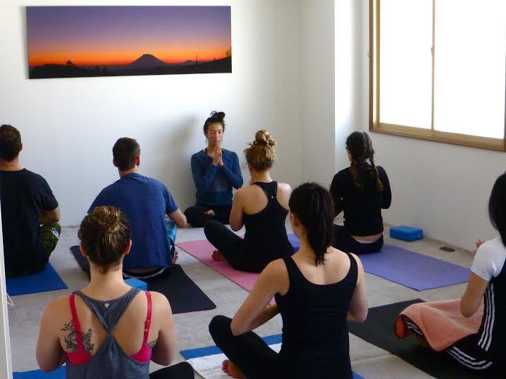 Namaste, Powder Yoga