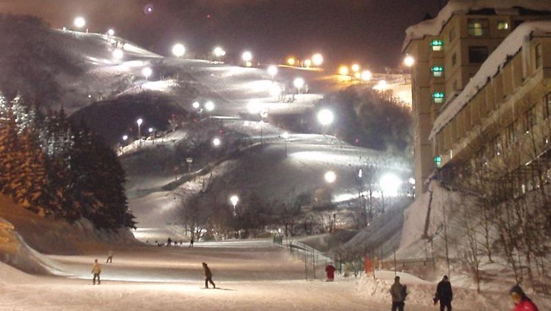 Night Skiing Niseko
