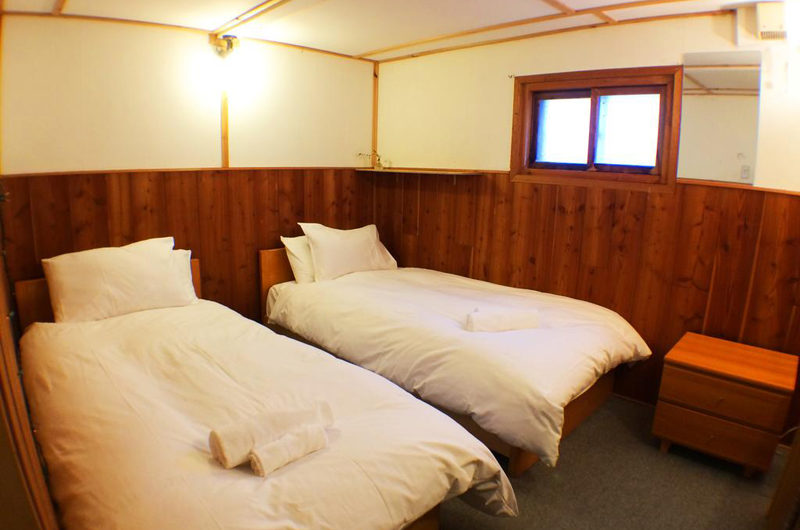 Annupuri Lodge Twin Bedroom | Annupuri