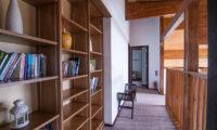 Casa La Mont Library Area | Annupuri
