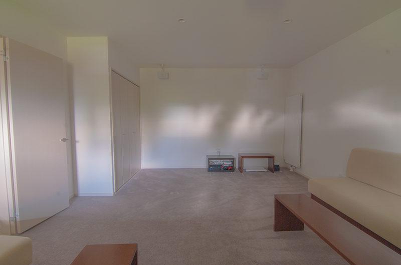 Casa La Mont Lounge Area | Annupuri