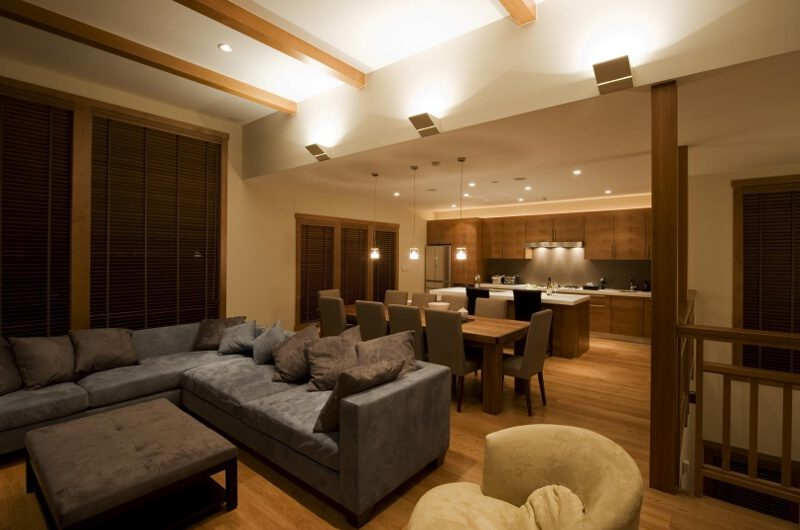 Enju Living and Dining Area | Middle Hirafu
