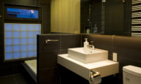 Enju Up Bathroom | Middle Hirafu