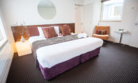 Ezo Yume Spacious Bedroom with Carpet | Lower Hirafu