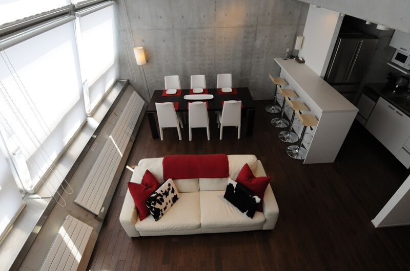 Full Circle Living and Dining Area Top View | Middle Hirafu