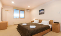 Gondola Chalets Bedroom with Dressing Area | Upper Hirafu
