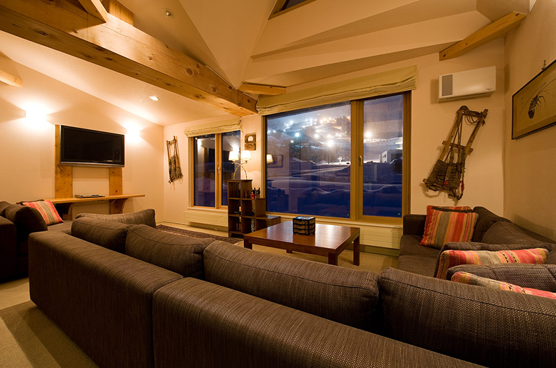 Gondola Chalets Living Area | Upper Hirafu