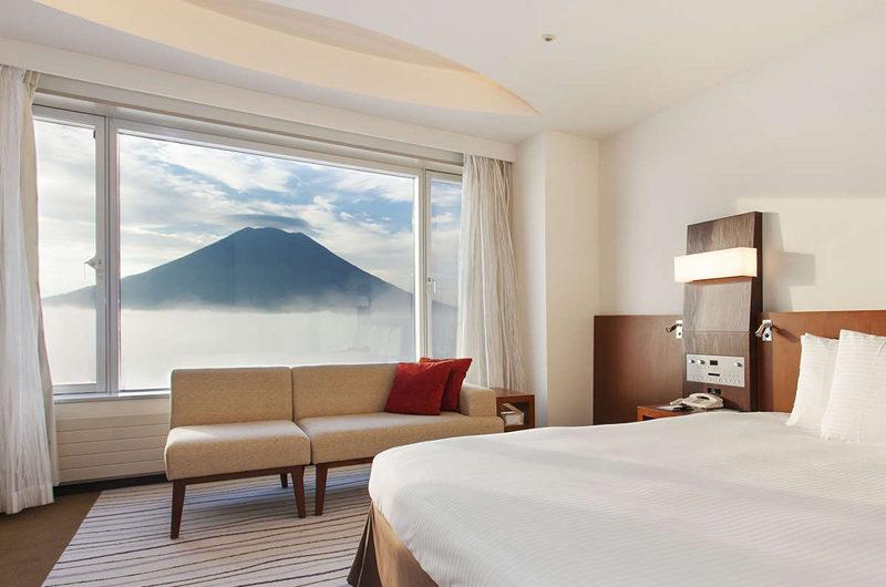 Hilton Niseko Village Deluxe Bedroom with Mountain View | Niseko Village